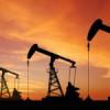 ¿Tienen relación el precio del dólar y el precio de la gasolina?