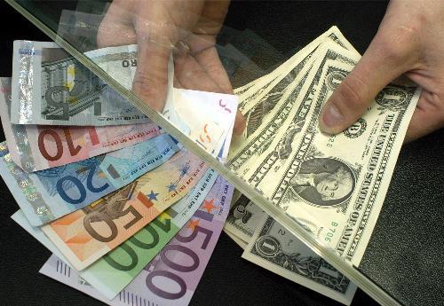 Dolar euro peníze bankovka